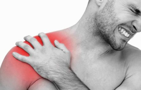 קרע בגיד הכתף – הסבר על אחוזי הנכות, זכאות לפיצוי, קצבת נכות וזכויות נוספות